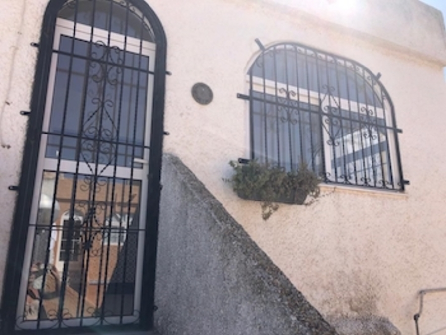 Why Do Spanish Properties Have Bars on the Windows: Spain Guides   Why Do Spanish Properties Have Bars on the Windows