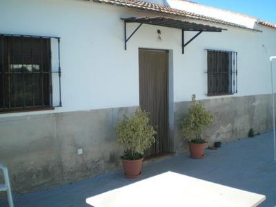 Ref:AP922 town-house For Sale in Bermejo