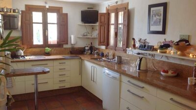 APA351: Country Property for sale in Alora