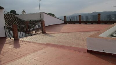 Ref:APA327 Townhouse For Sale in Carratraca