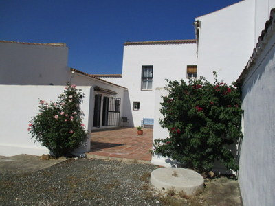 Ref:APA25 cortijo For Sale in Casarabonela