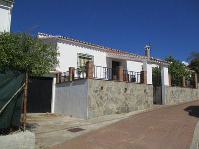 Ref:APA128 Detached villa For Sale in Carratraca