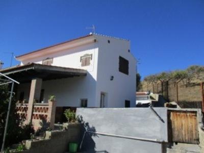 Ref:APA75 Semi-Detached House For Sale in Bermejo